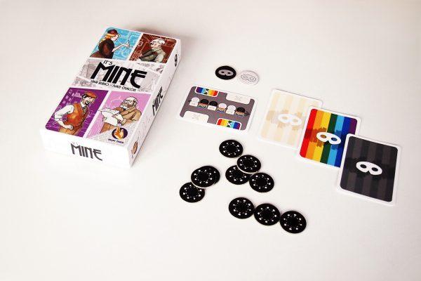 It's Mine es un juego de cartas para dos personas